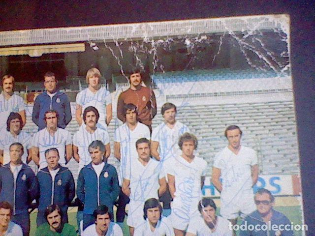 Coleccionismo deportivo: postal tarjeta plantilla real madrid liga 77 78 ed Bergas s/c sobada 28 autografos originales - Foto 5 - 83595428