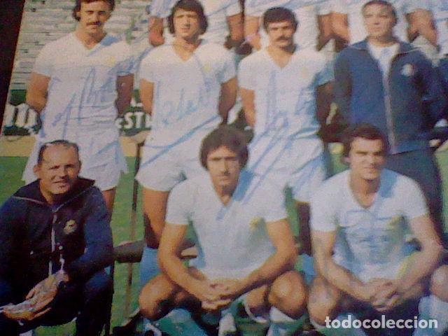 Coleccionismo deportivo: postal tarjeta plantilla real madrid liga 77 78 ed Bergas s/c sobada 28 autografos originales - Foto 9 - 83595428