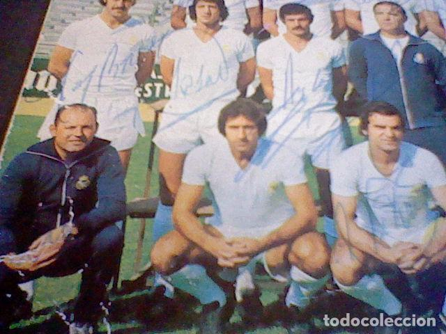 Coleccionismo deportivo: postal tarjeta plantilla real madrid liga 77 78 ed Bergas s/c sobada 28 autografos originales - Foto 10 - 83595428