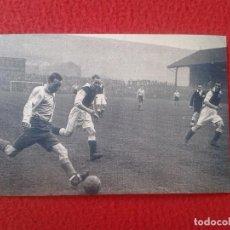 Coleccionismo deportivo: POSTAL POST CARD THE NOSTALGIA POSTCARD, VINTAGE 1943 FOOTBALL FÚTBOL STANLEY MATTHEWS. ENGLAND UK. Lote 87657432
