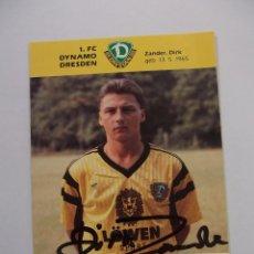 Coleccionismo deportivo: FOTO POSTAL JUGADOR F.C. DYNAMO DRESDEN. ZANDER DIRK. FIRMADA. TDKP12. Lote 98136387