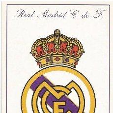 Coleccionismo deportivo: POSTAL ESCUDO REAL MADRID, ESTA POSTAL ES DEL AÑO 1995. Lote 107039874