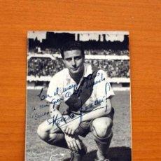 Coleccionismo deportivo: FOTO ORIGINAL DE HÉCTOR FERRARI DEL RIVE PLATE, AÑO 1951 - TAMAÑO 14X9. Lote 98968763