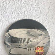 Coleccionismo deportivo: DISCO POSTAL SONORO DEL F.C. BARCELONA INAGURACION DEL ESTADIO 1957 . Lote 110166676