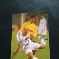 Coleccionismo deportivo: FOTO POSTAL REAL MADRID - RONALDO EL FENÓMENO VS BORUSSIA DORTMUND. Lote 102558199