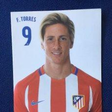 Collezionismo sportivo: P0864 POSTAL FOTOGRAFIA FOTO JUGADOR FERNANDO TORRES 9 ATLETICO MADRID PRODUCTO OFICIAL. Lote 102568091