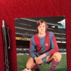 Collezionismo sportivo: CJ61 FOTO POSTAL BARCELONA FIRMADA AUTOGRAFO JOHAN CRUYFF BERGAS 1974. Lote 106669399