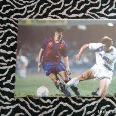 Coleccionismo deportivo: ANTIGUA FOTO LÁMINA DEL F. C. BARCELONA, BARÇA DREAM TEAM AÑOS 90 - GOICOETXEA (MIDE 23 X 18 CM). Lote 116735331