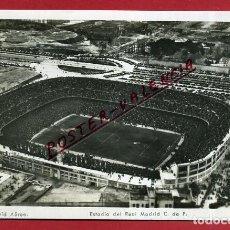 Coleccionismo deportivo: POSTAL CAMPO FUTBOL , ESTADIO , SANTIAGO BERNABEU , REAL MADRID , VISTA AEREA , ORIGINAL , PF35. Lote 120742391
