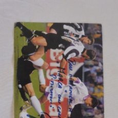 Coleccionismo deportivo: TARJETA GOL DE LA SEPTIMA COPA EUROPA REAL MADRID PEDJA MIJATOVIC. AUTOGRÁFO. Lote 121285083