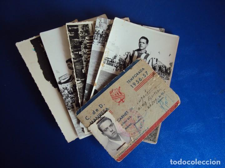 (F-180622)LOTE DE 6 FOTOGRAFIAS Y CARNET JUGADOR C.F.MANRESA - AÑOS 50 (Coleccionismo Deportivo - Postales de Deportes - Fútbol)