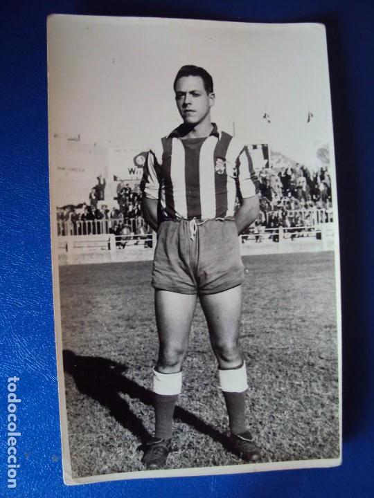 Coleccionismo deportivo: (F-180622)LOTE DE 6 FOTOGRAFIAS Y CARNET JUGADOR C.F.MANRESA - AÑOS 50 - Foto 6 - 123348839