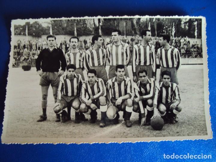 Coleccionismo deportivo: (F-180622)LOTE DE 6 FOTOGRAFIAS Y CARNET JUGADOR C.F.MANRESA - AÑOS 50 - Foto 10 - 123348839