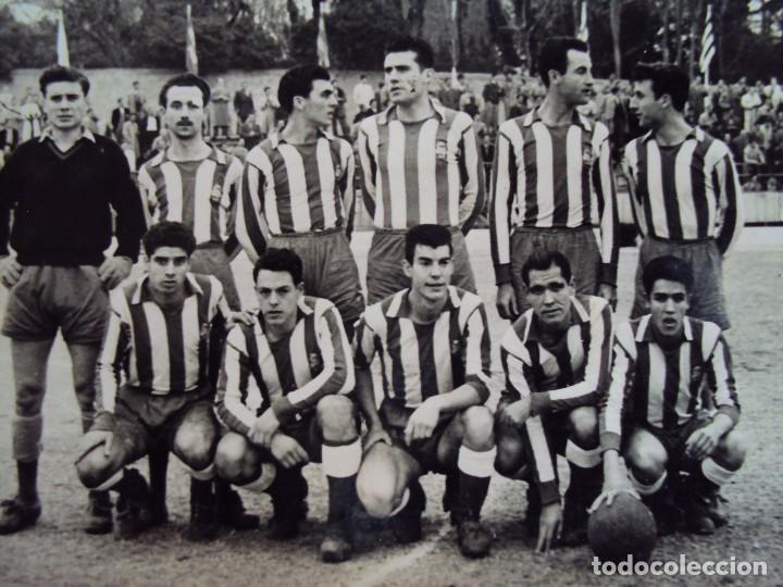 Coleccionismo deportivo: (F-180622)LOTE DE 6 FOTOGRAFIAS Y CARNET JUGADOR C.F.MANRESA - AÑOS 50 - Foto 11 - 123348839