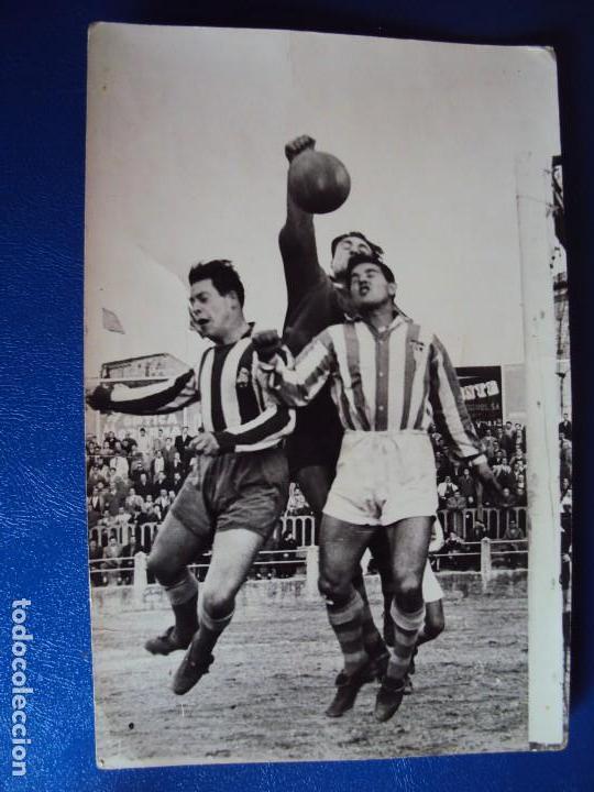Coleccionismo deportivo: (F-180622)LOTE DE 6 FOTOGRAFIAS Y CARNET JUGADOR C.F.MANRESA - AÑOS 50 - Foto 13 - 123348839