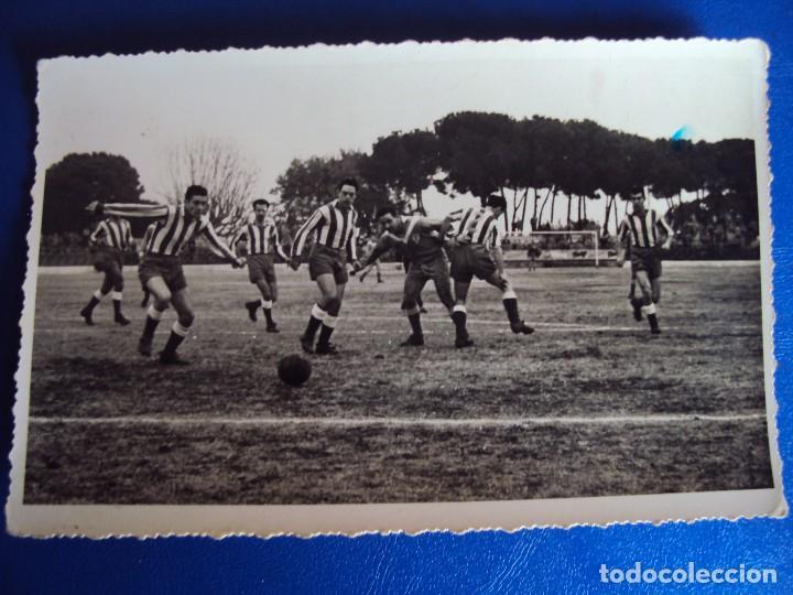 Coleccionismo deportivo: (F-180622)LOTE DE 6 FOTOGRAFIAS Y CARNET JUGADOR C.F.MANRESA - AÑOS 50 - Foto 15 - 123348839