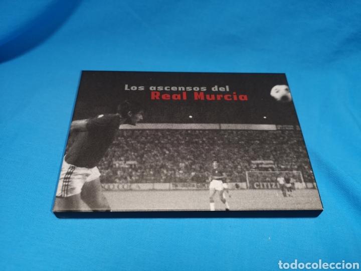 Coleccionismo deportivo: Colección los ascensos del Real Murcia. 16 postales en su caja. Nuevas sin uso - Foto 2 - 142151502