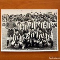 Coleccionismo deportivo: DEPORTIVO DE LA CORUÑA - TEMPORADA 1956-1957, 56-57 - FOTO TAMAÑO 24X17,5. Lote 33493511