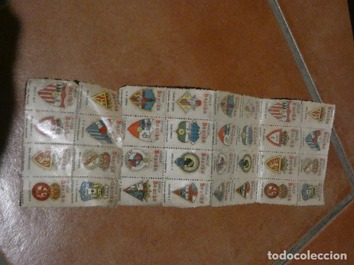 LOTE 32 CALCOMANIAS CHICLE BAZOOKA AÑOS 60 (Coleccionismo Deportivo - Postales de Deportes - Fútbol)