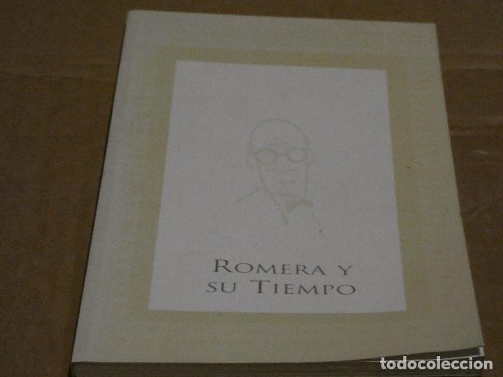 LIBRO SOBRE EL CARICATURISTA Y HUMORISTA HISPANO CHILENO ROMERA. Y SU TIEMPO AÑO 2001 (Coleccionismo Deportivo - Postales de Deportes - Fútbol)