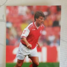 Coleccionismo deportivo: POSTAL MICHAEL LAUDRUP DINAMARCA. Lote 147581750