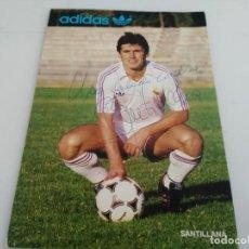 Coleccionismo deportivo: ANTIGUA POSTAL DE FUTBOL FIRMADA DE SANTILLANA REAL MADRID . Lote 148049050