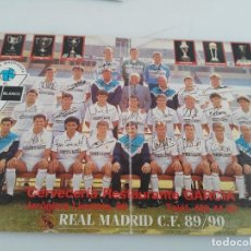 Coleccionismo deportivo: ANTIGUA POSTAL DE FUTBOL REAL MADRID 89 90. Lote 148049246