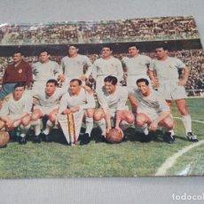 Coleccionismo deportivo: GRAN FOTO ~ REAL MADRID ~ ( DI ESTEFANO , GENTO , MIGUEL MUÑOZ , ETC ... ) ORIGINAL. Lote 158389540