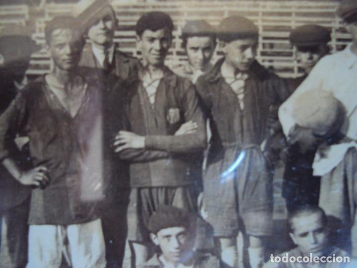 Coleccionismo deportivo: (F-190600)POSTAL FOTOGRAFICA ENMARCADA DEL F.C.BARCELONA FOOT-BALL AÑO 1918 - CATEGORIAS INFERIORES - Foto 4 - 166781138