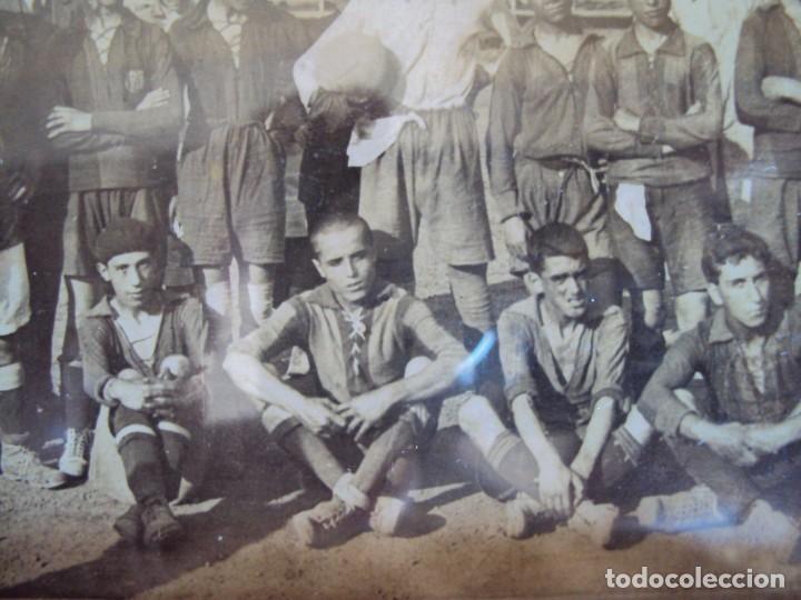 Coleccionismo deportivo: (F-190600)POSTAL FOTOGRAFICA ENMARCADA DEL F.C.BARCELONA FOOT-BALL AÑO 1918 - CATEGORIAS INFERIORES - Foto 6 - 166781138