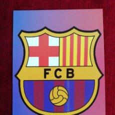 Coleccionismo deportivo: POSTAL ESCUDO F. C. BARCELONA.. Lote 172354922