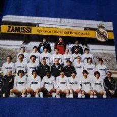 Coleccionismo deportivo: RARA TARJETA DE LA PLANTILLA DEL REAL MADRID, 82-83. Lote 172861732