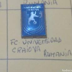 Coleccionismo deportivo: PINS DE FUTBOL EXTRANJERO. Lote 176076152