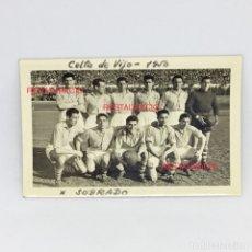 Coleccionismo deportivo: ANTIGUA FOTO DEL CELTA DE VIGO - ORIGINAL - AÑO 1950 - EQUIPO DE FUTBOL - JUGADOR SOBRADO. Lote 176669262