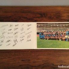 Coleccionismo deportivo: FOTO PLANTILLA JUGADORES BARCELONA TEMPORADA 73 74 1973 1974 CRUYFF FIRMAS AUTOGRAFOS. TIPO POSTAL. Lote 180455836