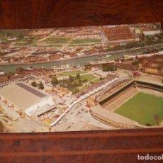 Coleccionismo deportivo: BILBAO VISTA AÉREA DEL ESTADIO SAN MAMÉS Y DEUSTO, CIRCULADA 21/6/68, EDICIONES SIMA BILBAO 1.967. Lote 182886268