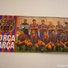 Coleccionismo deportivo: FORÇA BARÇA . FOTO ADHESIVA DE LA PLANTILLA DE 1992. 15 X 8 CM.. Lote 183234017