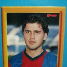 Collezionismo sportivo: COLECCIÓN SPORT ROGER LIGA 1998 - 99 FOTOGRAFÍA POSTAL CON MARCO DE FOTOS FC BARCELONA . Lote 192404328