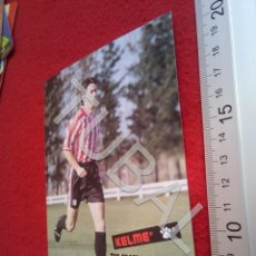 Coleccionismo deportivo: TUBAL ATHLETIC BILBAO LARRAZABAL POSTAL KELME B49. Lote 195289061