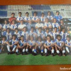 Coleccionismo deportivo: REAL CLUB DEPORTIVO ESPAÑOL POSTAL ORIGINAL PLANTILLA TEMPORADA 1979-80 MUY BUEN ESTADO. Lote 195388425