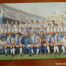 Coleccionismo deportivo: REAL CLUB DEPORTIVO ESPAÑOL POSTAL ORIGINAL PLANTILLA TEMPORADA 1979-80 MUY BUEN ESTADO. Lote 195388498