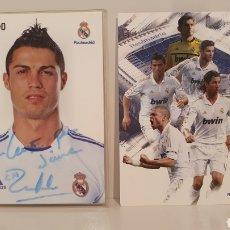 Coleccionismo deportivo: LOTE 2 POSTALES DEL REAL MADRID/ FIRMA DE CRISTIANO RONALDO.. Lote 196186492
