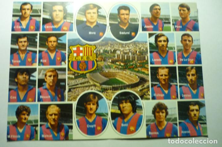 POSTAL TAMAÑO CUARTILLA APROX.- PLANTILLA F.C. BARCELONA CRUYFF-MARCIAL-ASENSI-REXACH ETC. (Coleccionismo Deportivo - Postales de Deportes - Fútbol)