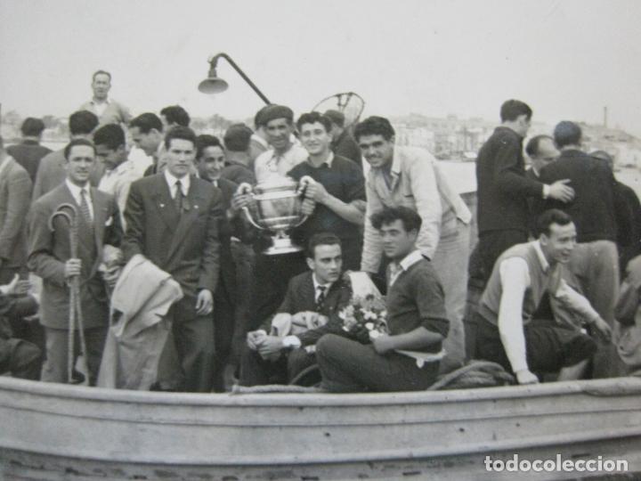 FC BARCELONA-CAMPEONES COPA DEL GENERALISIMO 1951-VILANOVA-POSTAL FOTOGRAFICA ANTIGUA-(70.333) (Coleccionismo Deportivo - Postales de Deportes - Fútbol)