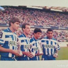 Coleccionismo deportivo: FOTOGRAFÍA ORIGINAL VORO, BEBETO, JULIO SALINAS Y MAURO SILVA (DEPORTIVO DE LA CORUÑA). Lote 205404047