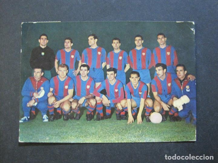 Coleccionismo deportivo: FC BARCELONA-PLANTILLA TEMPORADA 1961-KUBALA-LUIS SUAREZ-RAMALLETS...ETC-POSTAL ANTIGUA-(71.073) - Foto 3 - 206928441
