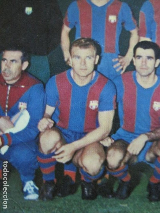Coleccionismo deportivo: FC BARCELONA-PLANTILLA TEMPORADA 1961-KUBALA-LUIS SUAREZ-RAMALLETS...ETC-POSTAL ANTIGUA-(71.073) - Foto 7 - 206928441