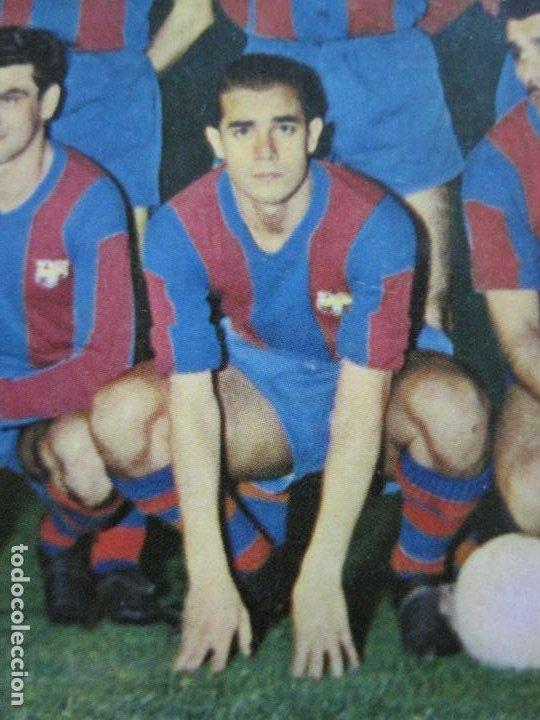 Coleccionismo deportivo: FC BARCELONA-PLANTILLA TEMPORADA 1961-KUBALA-LUIS SUAREZ-RAMALLETS...ETC-POSTAL ANTIGUA-(71.073) - Foto 8 - 206928441