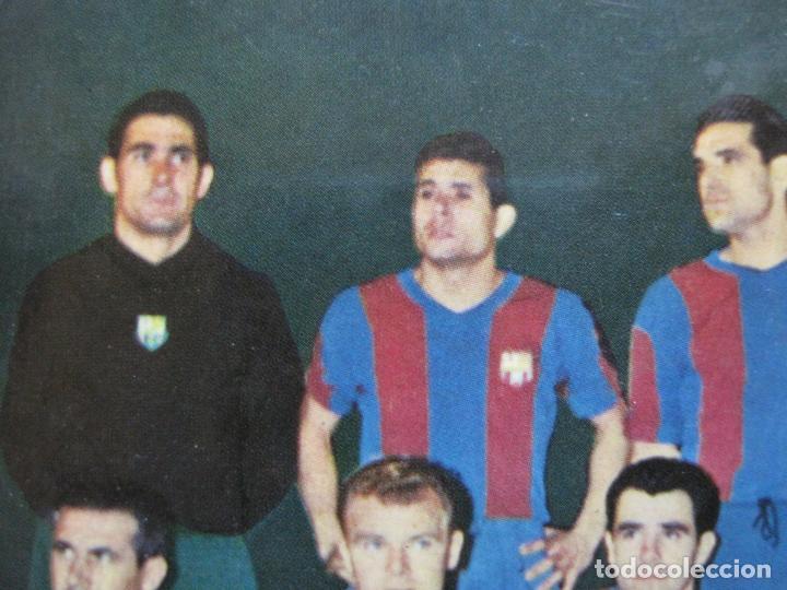 Coleccionismo deportivo: FC BARCELONA-PLANTILLA TEMPORADA 1961-KUBALA-LUIS SUAREZ-RAMALLETS...ETC-POSTAL ANTIGUA-(71.073) - Foto 9 - 206928441