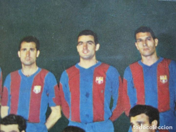 Coleccionismo deportivo: FC BARCELONA-PLANTILLA TEMPORADA 1961-KUBALA-LUIS SUAREZ-RAMALLETS...ETC-POSTAL ANTIGUA-(71.073) - Foto 10 - 206928441